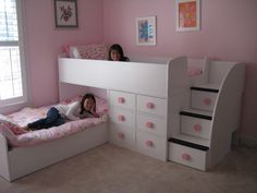 Bunk beds rooms to go bed loft bedding dorm room curtains furniture fair Bedroom Decor For Small Rooms, Bedroom Decor For Teen Girls, Kids Bedroom Furniture, Baby Bedroom, Dorm Room Curtains, Dorm Room Bedding, Home Room Design, Kids Room Design, Bunk Bed Rooms