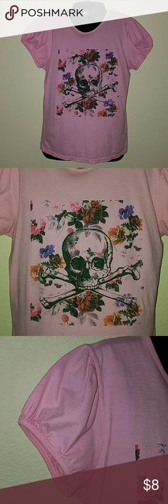 Pretty Pink Punk Cute cap sleeve t-shirt in pink with a floral skull print.  Size 3 which is a medium in this manufacturer. Tops