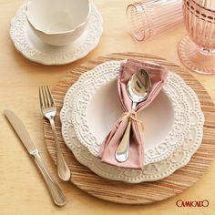 Casa bonita é casa organizada e com uma mesa bem posta.