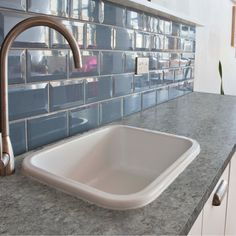 Shh.. it's not granite, it's PAINT! Easy & affordable DIY countertop makeover kit! Transform your existing countertops to look like natural stone. - Giani™ 'Slate' Countertop Paint Kit