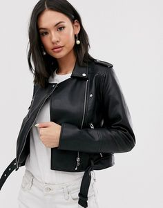 Buy Pull&Bear faux leather biker jacket in black at ASOS. With free delivery and return options (Ts&Cs apply), online shopping has never been so easy. Get the latest trends with ASOS now. Pull & Bear, Safari, Asos, Faux Leather Jackets, Black Faux Leather, Skinny Inspiration, Androgynous Look, Professional Dresses, Light Wash Jeans