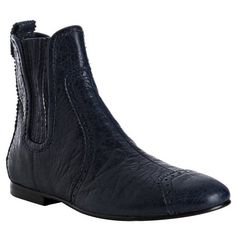Balenciaga blue tooled leather chelsea boots (910 CAD) ❤ liked on Polyvore featuring shoes, boots, flat boots, women, leather chelsea boots, blue leather boots, leather sole boots, flat pumps and balenciaga boots