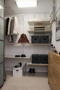 Mobiliario ligero y sencillo