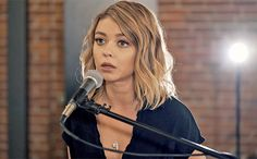 """Sarah Hyland joined together with cover band Boyce Avenue to cover """"Closer"""" by The Chainsmokers. The Modern Family actress proved she has a beautiful voice in the acoustic version of the smash hit.  Hyland called the experience """"a dream come true singing with these guys!"""" on Twitter. Boyce Avenue shared the sentiment tweeting they """"loved working on this cover"""" with Hyland."""