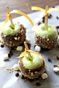 Smores Apples by diethood #Apples #Smores