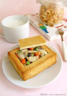 台灣小吃-改良的棺材板  Taiwanese snack - Yay!