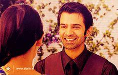 Who fell in love first n when: Arnav or Khushi ? Best Love Stories, Love Story, Arnav Singh Raizada, Arnav And Khushi, Superstar, Star Actress, Indian Drama, Sanaya Irani, Madly In Love