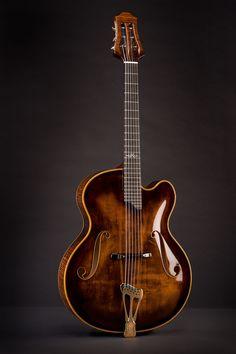 #Guitar #archtop Scharpach Master Guitars The Vienna Suprema Archtop