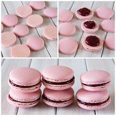 Třešnové makronky. Krásný den všem!!! #macaron #macarons #makronky #makronka #macaronstagram #glutenfree #frenchmacarons #handmade #tresen #instabaking #happybirthday #narozeniny #makaronspodebrady #bezlepkový #pečení #cukroví #sweetcakes #czech #czechrepublic #podebrady #praha #nymburk #kolin #like4like #jidlo #food #homemade