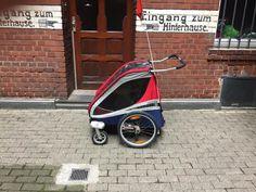 Chariot Corsaire XL. Inklusive der Fahrradbefestigung 2x, nur die Deichsel ist uns leider gestohlen worden. Hier kann man sie günstig erwerben: https://www.fahrradanhaenger-direkt.de/403/chariot-ersatzdeichsel  Der Anhänger stand immer wettergeschützt im Haus. Inklusive Abus Schlaufenkabel.