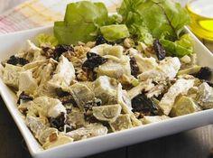 Receitinha leve e nutritiva com batata doce, frango desfiado e ameixa seca. Ideal para servir com saladas ou de entrada!