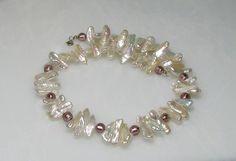 Colliers - weiße Biwa Perlenkette mit Muranoglas Perlen - ein Designerstück von muranoandmore bei DaWanda