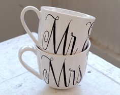 Mr. & Mrs. Hand-Lettered Mugs ow.ly/aU9Iy