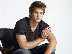 Pretty Little Liars - Toby  Mmmm, forget every other celeb crush, gimmie Keegan Allen!!! <333