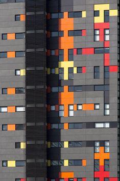 Silk Apartments / Tony Caro Architecture