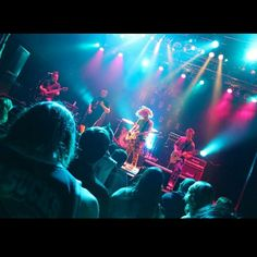 Love this shot. #hobanaheim #livemusic #concert #show #talent #localoc #orangecounty #ocnightlife #nightlife #entertainment #rockstar #turnup #happyhour #hangout #party #fun #eventphotography #ocweekly #ocregister #ocmagazine #octimes #locale #101thingstodo  #dailypilot #danceparty