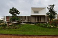 house-santo-amaro-in-piracicaba-by-isay-wienfeld-11