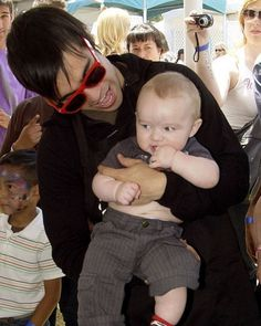 Pete Wentz holds his son Bronx Mowgli at the A Time for Heroes Celebrity Carnival in 2009.