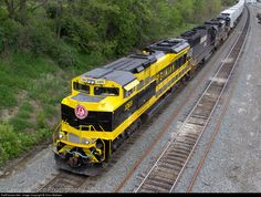 RailPictures.Net Photo: NS 1069 Norfolk Southern EMD SD70ACe at Altoona, Pennsylvania by Chris Wallace
