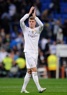 Toni Kroos of Real Madrid applauds after Real beat Getafe 41 during the La Liga match between Real Madrid CF and Getafe CF at Estadio Santiago...