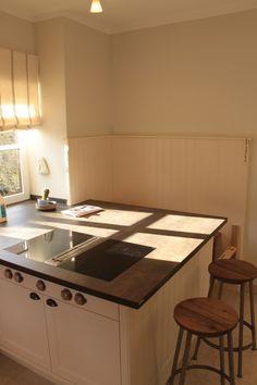 Küche weiß lackiert mit #Arbeitsplatte aus #Stein | L+S / Küchen ...