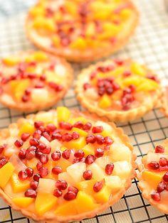 Bardzo pyszne, bardzo soczyste :) Mnóstwo żółtych owoców i czerwonych kuleczek...