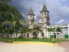 Colombia - Iglesia en Mogotes, Santander