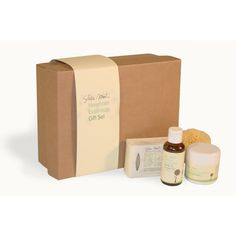Shea Mooti Newborn Essentials Gift Set