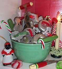 Love the vintage bowl and cookie cutters