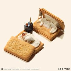 ". 1.29 thu ""Making beds"" . ベッドメイキング失敗 . #ビスコ ."