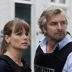 Angela Schijf & Victor Reinier! Dutch Actors, Film, Superman, Famous People, Tv Series, Tv Shows, Inspiring People, Celebrities, Beauty