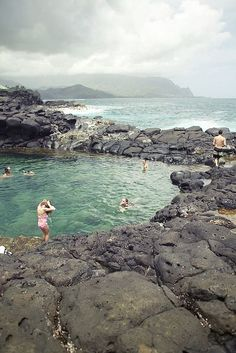 queens bath, kauai, hawaii.