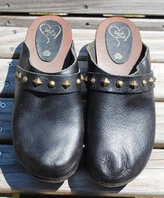 Super cool leather clog with studs from ENGLAND black NWOB size 41 or 10 W wood