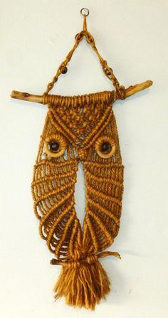 Vintage Jute Owl Macrame Wall Hanging by SofieyaZsadara on Etsy ...