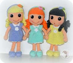 Lana Dolls.  No pattern, but so darn cute!