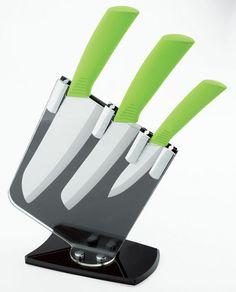 3-Piece Ceramic Knife Set with Acrylics Holder - wowzers