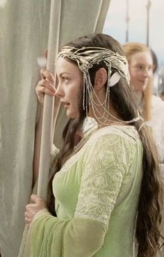 Arwen - The Return of the King (The Lord of the Rings) -- Liv Tyler O Hobbit, The Hobbit Movies, Fellowship Of The Ring, Lord Of The Rings, Aragorn, Legolas, Arwen Lotr, Gandalf, Arwen Undomiel