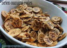 Banana chips in the food dehydrator Copyright © QueenBeeCoupons