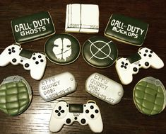 """Call of Duty Birthday! Puts new meaning to """"playing"""" with your food! Controller cutter by dogtag cutter by Camouflage Birthday Party, Army Themed Birthday, Army's Birthday, Birthday Party Design, Hunting Birthday, Birthday Cookies, Birthday Party Decorations, Call Of Duty Cakes, Nintendo Party"""
