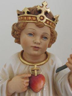Sacred Heart of Infant Jesus Dynamic Catholic, Infant Of Prague, Christ The King, Heart Of Jesus, Infancy, Blessed Mother, Sacred Heart, Religious Art, Rosary Catholic