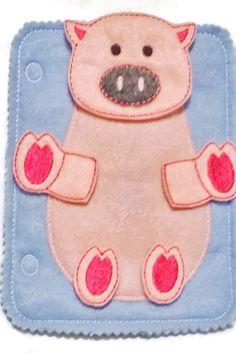 Pig build a book felt quiet book page
