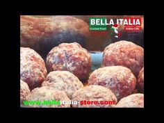 How to prepare Italian meatballs. This week you won't see a regular video but one made with slides: it was Thanksgiving week and we didn't have time.