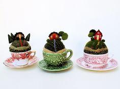 OOOO!  Mini village in tiny teacups!