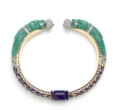 Bracelets Ideas : An art deco jadeite jade enamel and diamond bangle bracelet French circa 1925 Diamond Bracelets, Sterling Silver Bracelets, Bangle Bracelets, Ladies Bracelet, Bangles, Art Deco Jewelry, Modern Jewelry, Fine Jewelry, Jewelry Ideas