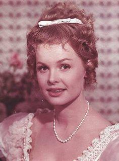 som Ida, i Den kære familie fra 1962