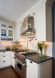 Kitchen Hood Design, Kitchen Hoods, Kitchen Redo, New Kitchen, Kitchen Ideas, Taupe Kitchen, Cozy Kitchen, Kitchen Interior, Soapstone Kitchen