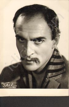 Öztürk SERENGİL Turkish People, Turkish Actors, Music Artists, Old Photos, Movie Stars, Nostalgia, Writer, Celebs, History
