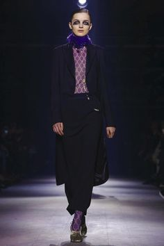 Dries Van Noten Fashion Show Ready To Wear Collection Fall Winter 2016 in Paris