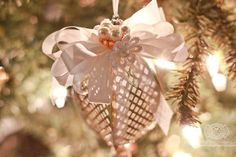 Becca Feeken makes Die Cut Ornaments using Spellbinders Tiered Multiloop Bow Die - see step by step at www.amazingpapergrace.com/?p=33013
