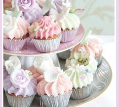 Vintage+Cupcakes | Mini Vintage Cupcakes Card | Fiona Cairns Online Shop